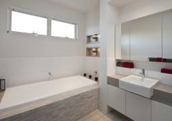Kimberley_Upper Bathroom